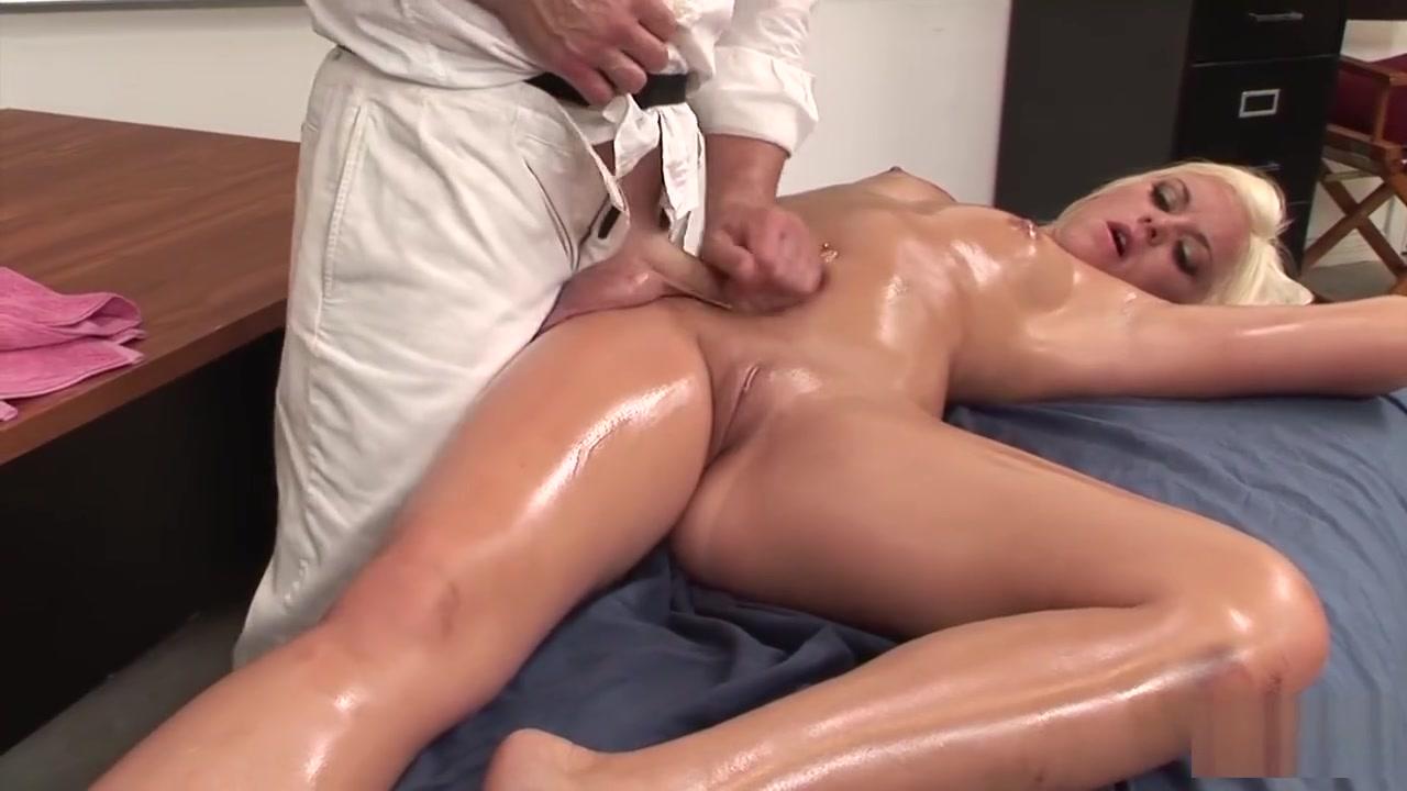 Babe milf naked strip Naked FuckBook