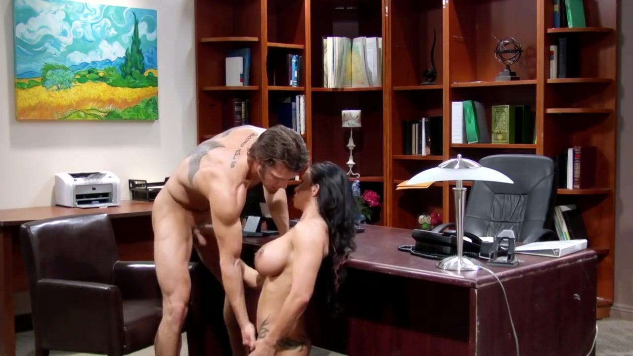 Porn pic Happn app dating agency