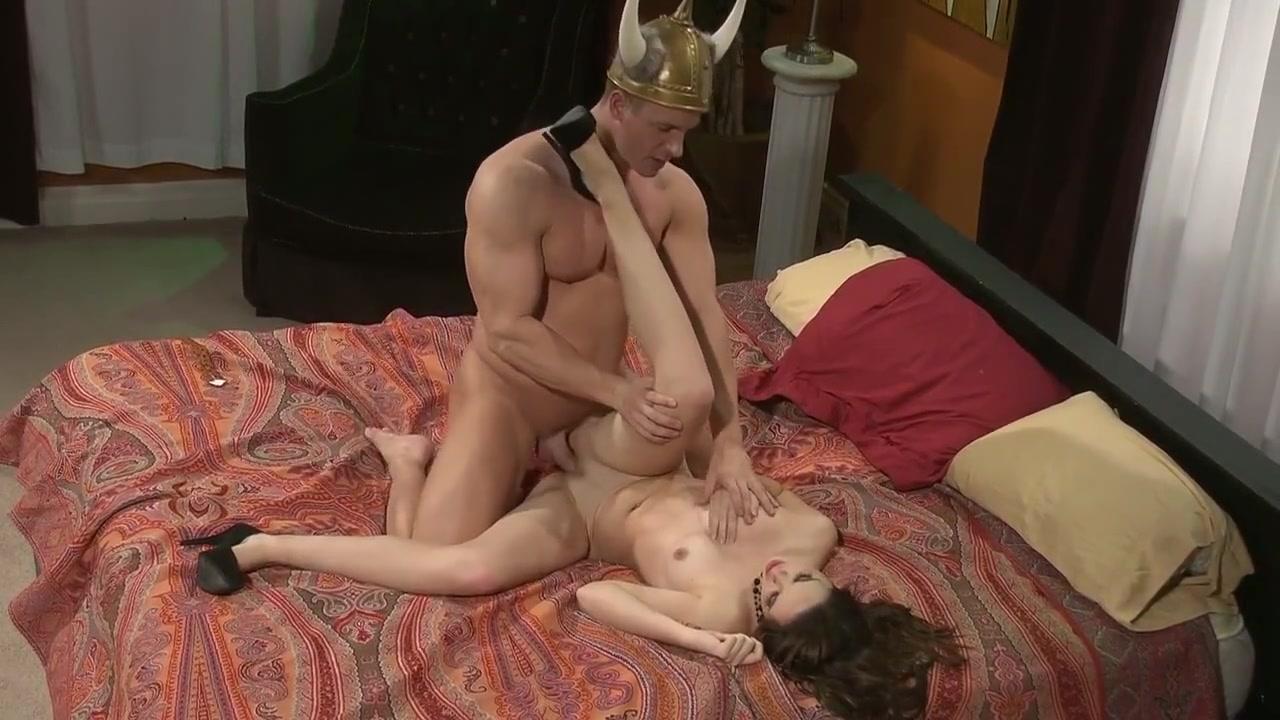 Bigtits milf tittyfucks a throbbing cock Porn Base