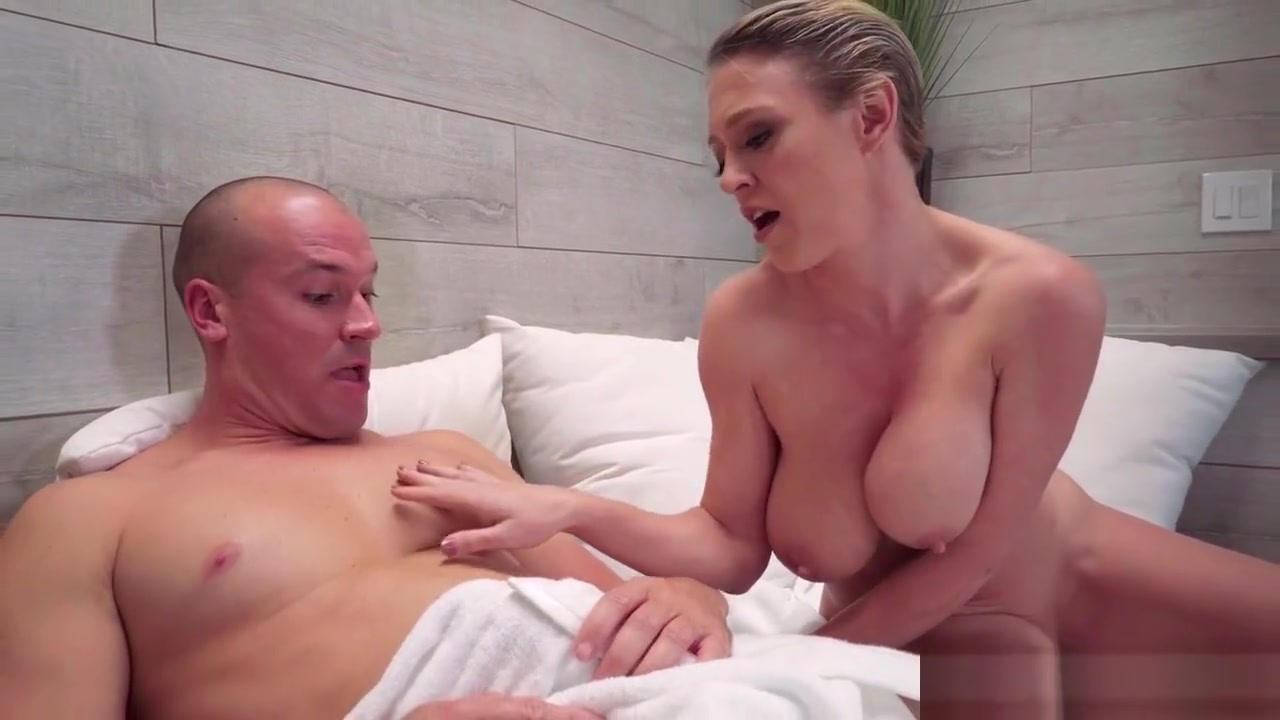 angry strap on lesbians video New xXx Pics