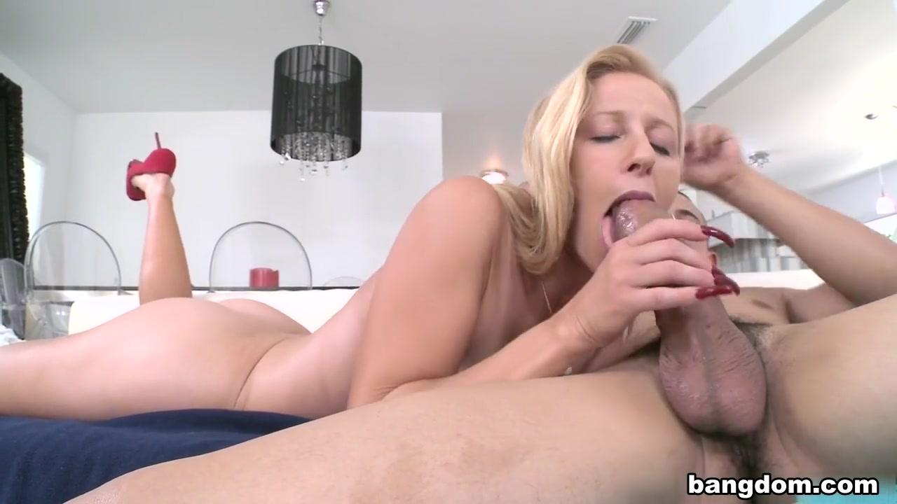 watch chelsea handler nude video Good Video 18+