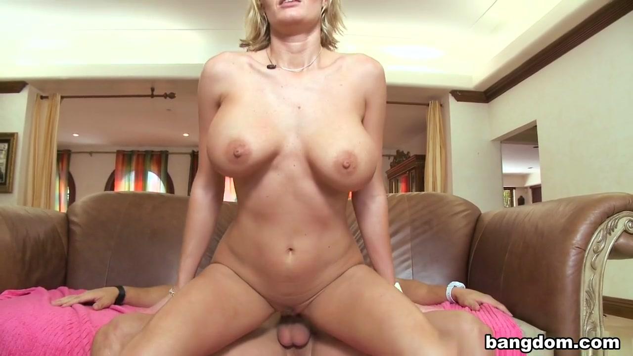 Sunny leone pussy get fucked Sexy por pics