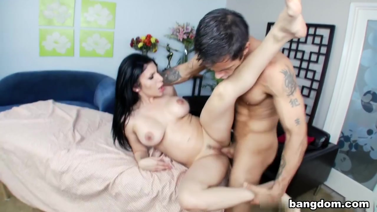 Adult archive Mature gets a massive anal creampie