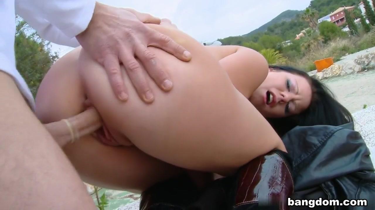 Adult Videos Brazil online dating market