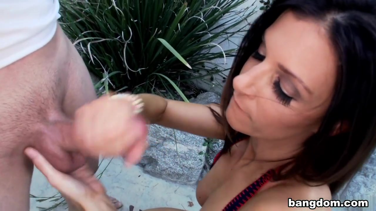 Biggest tits doing deepest deepthroat swallows Naked Porn tube