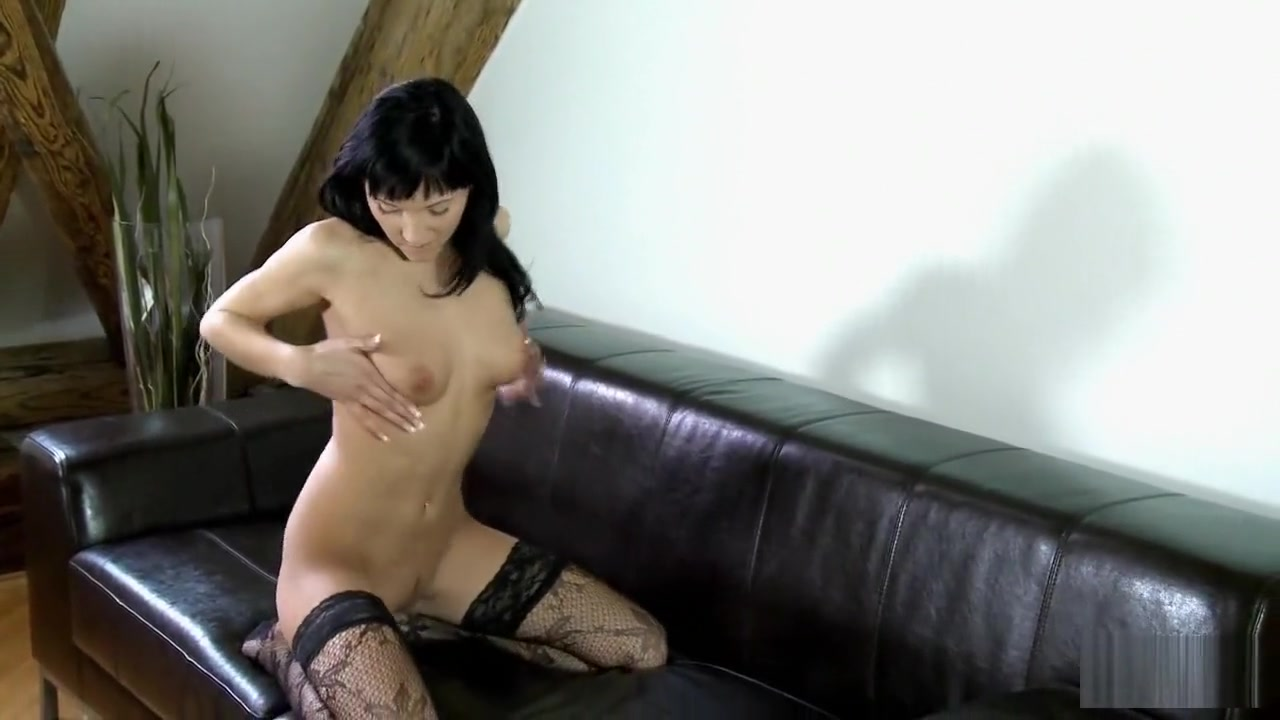 Naked Porn tube Why do women love big penis