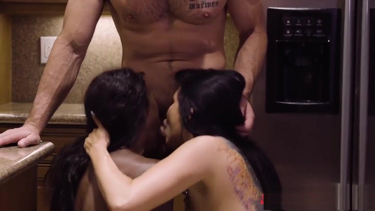 Quality porn Awesome high quality nude beach videos