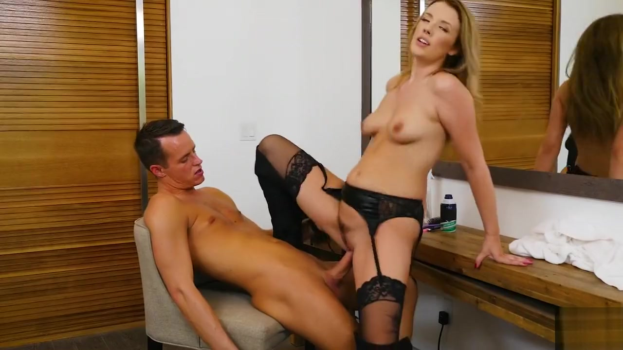 Horny hairdresser Shauna Skye gives special treatment for her customer sex videos of old women