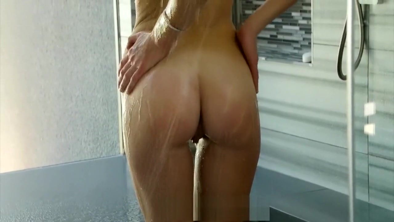 Nude 18+ Sexy women in their 40s
