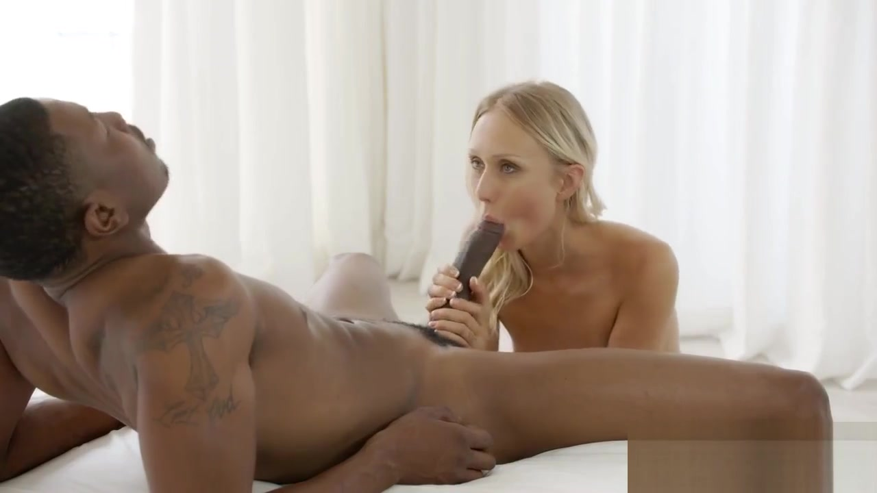 xXx Videos Monique karups