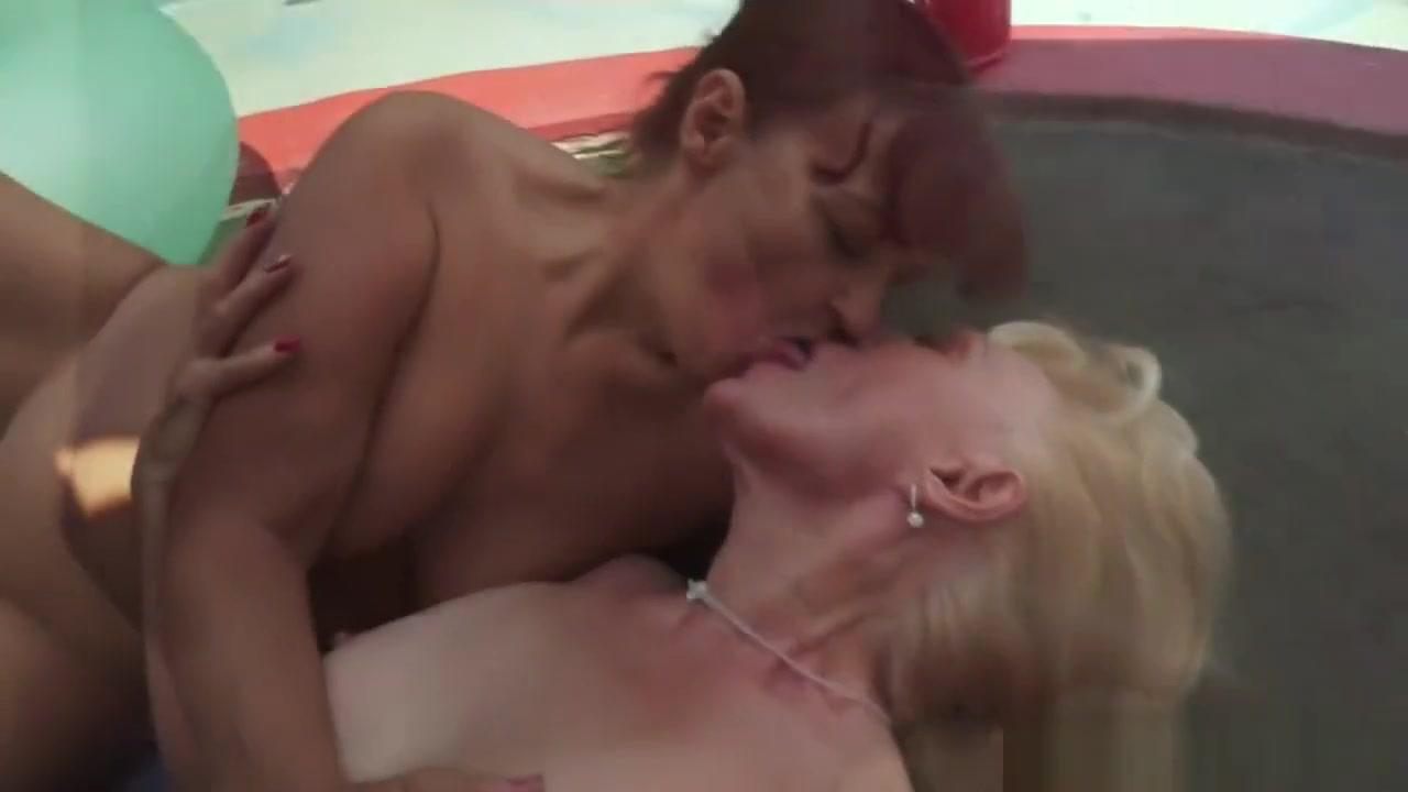 freewebcams nude 97233 women New porn
