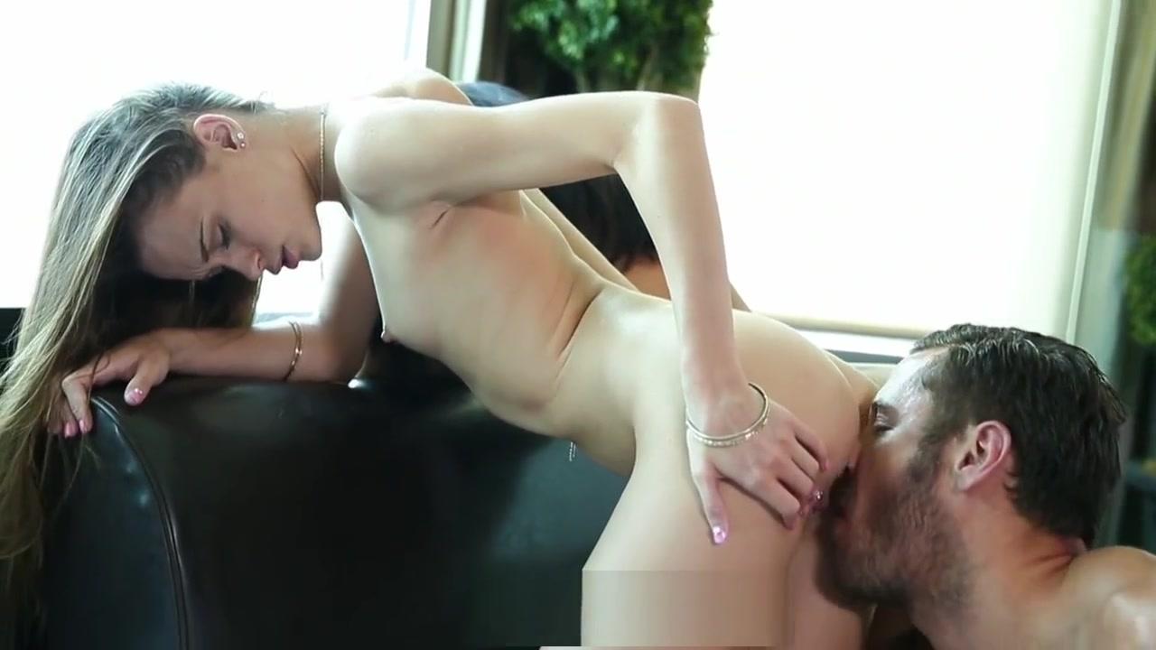 Porn Galleries Naked girl midget asses