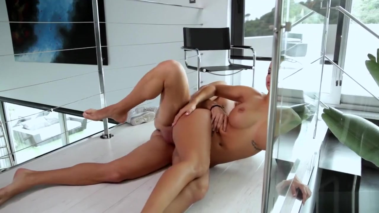 xXx Pics Xxx with old man and sexy hot girl