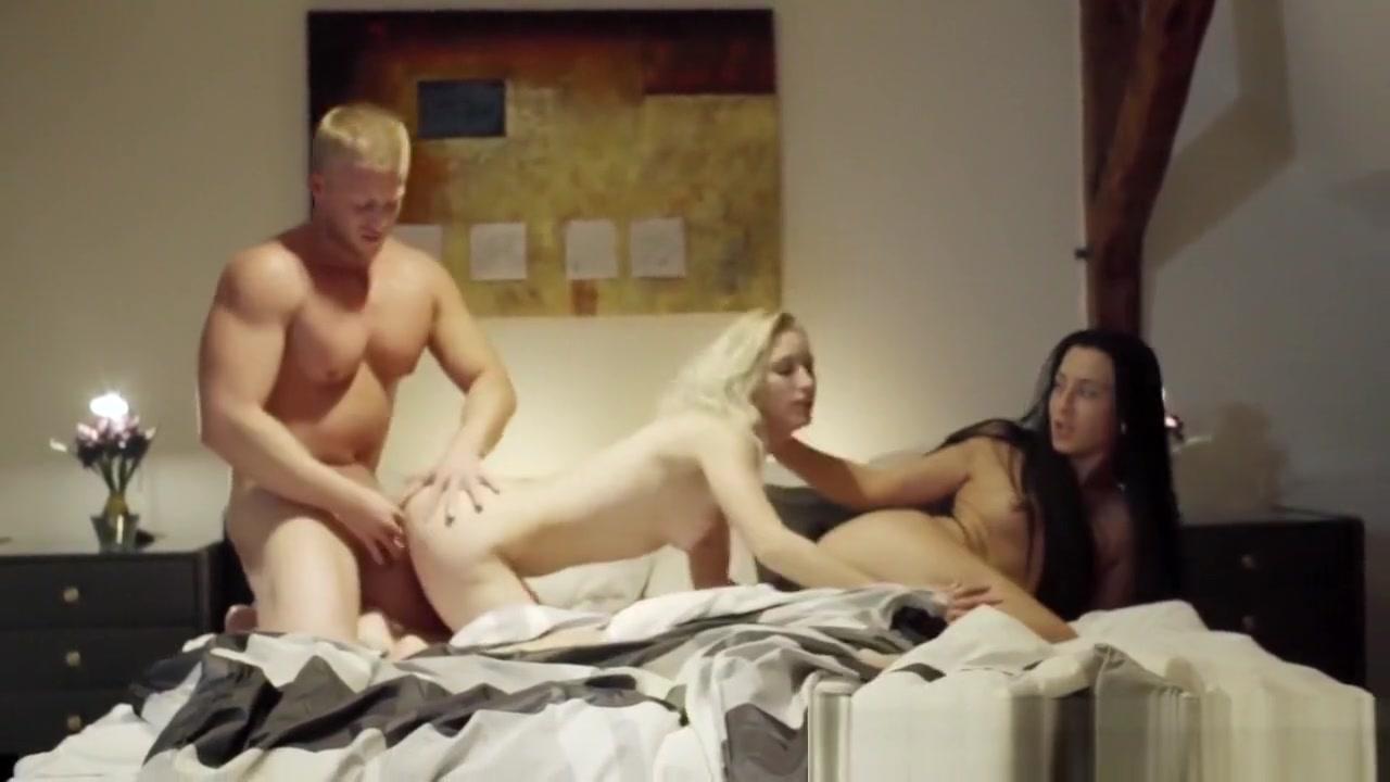 XXX Photo Blonde milf porn star julieann