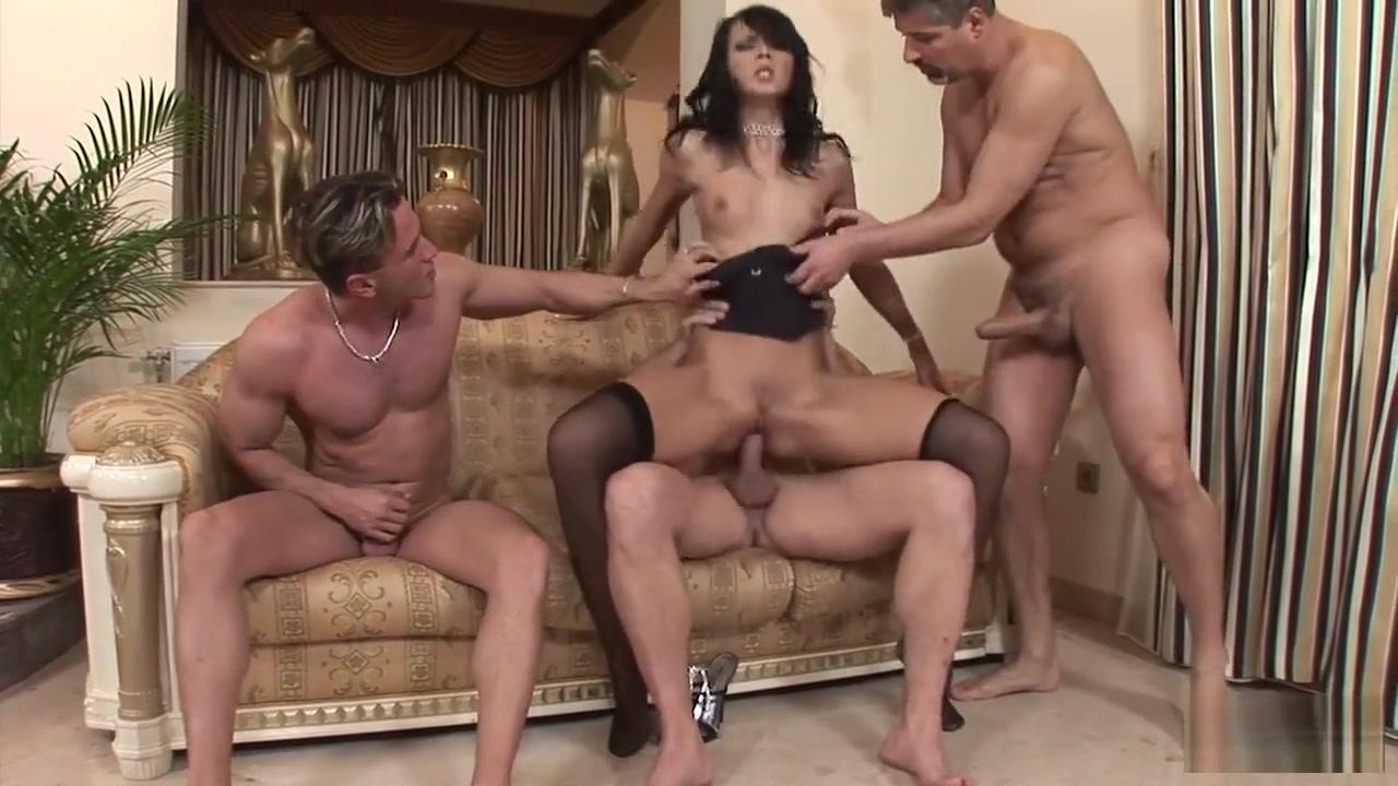 Hot xXx Pics Lesbo babes porn