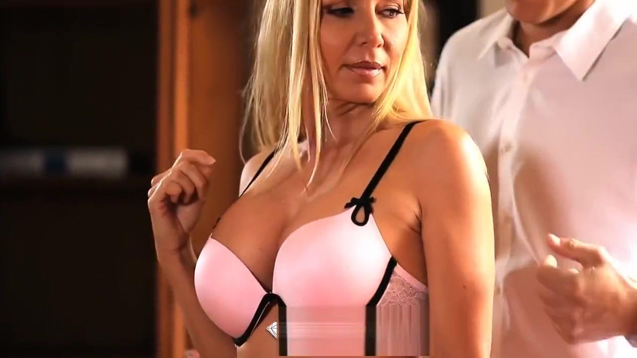 Free hardcore porn with women sucking cock Nude pics