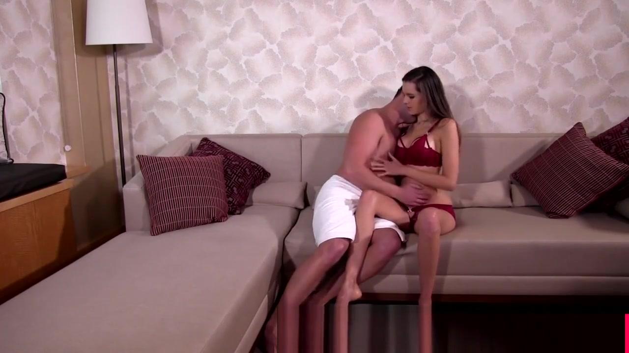 xXx Pics Erotic voluptuous women naked videos