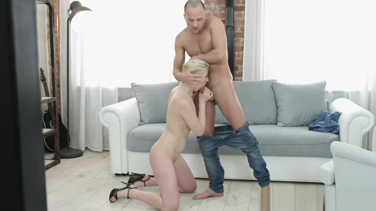 Porn pictures Wet pussy gangbang