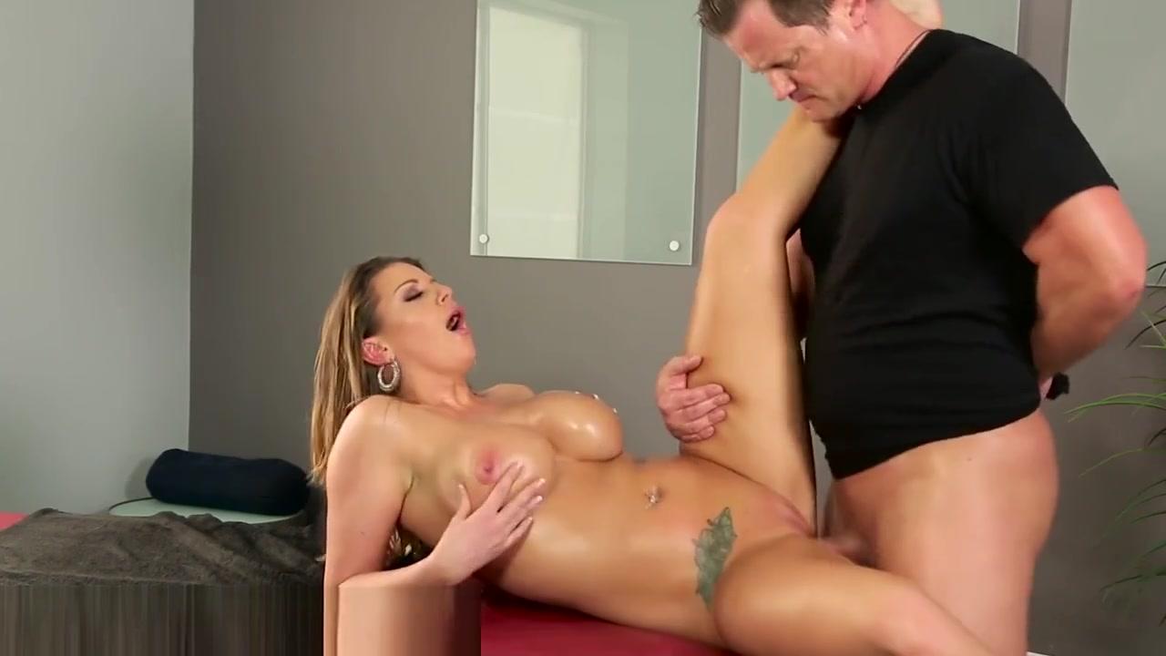 Naked FuckBook Georganne moline dating