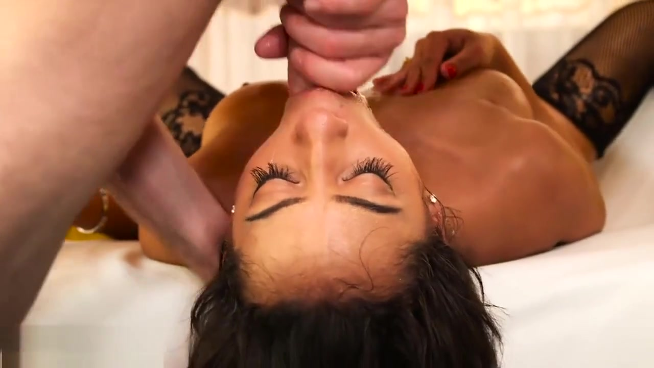 Porn Base Deep throating with cum