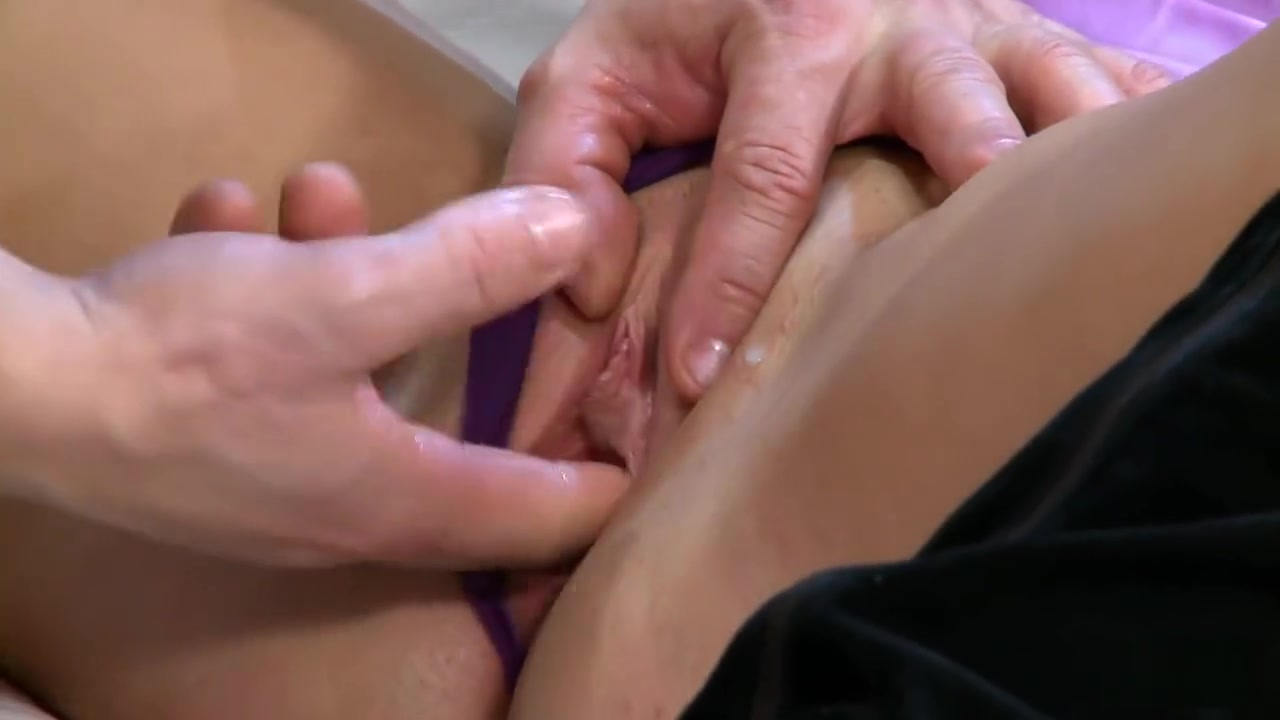 Alexis Adams and Phoenix Marie group sex Sexy por pics