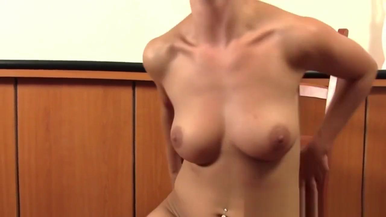 ROKO VIDEO-Old beautiful Lesbian All porn pics