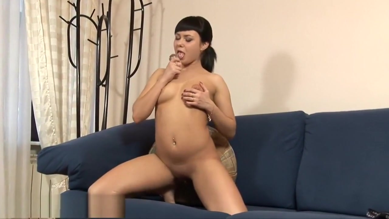 Nude 18+ Meeting hispanic parents