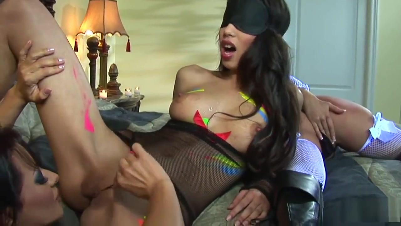 Anal Fayna Vergara pornstar lesbians teasing their pussies