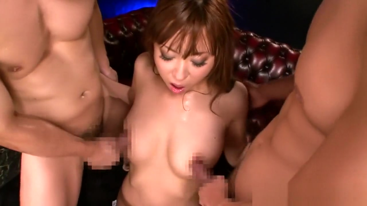 Japanese goddess please two cocks throbbing for her Porno Japon Bus