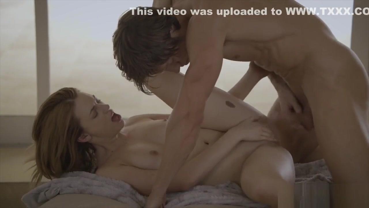 Porn clips Free gay porn cumshot compilation