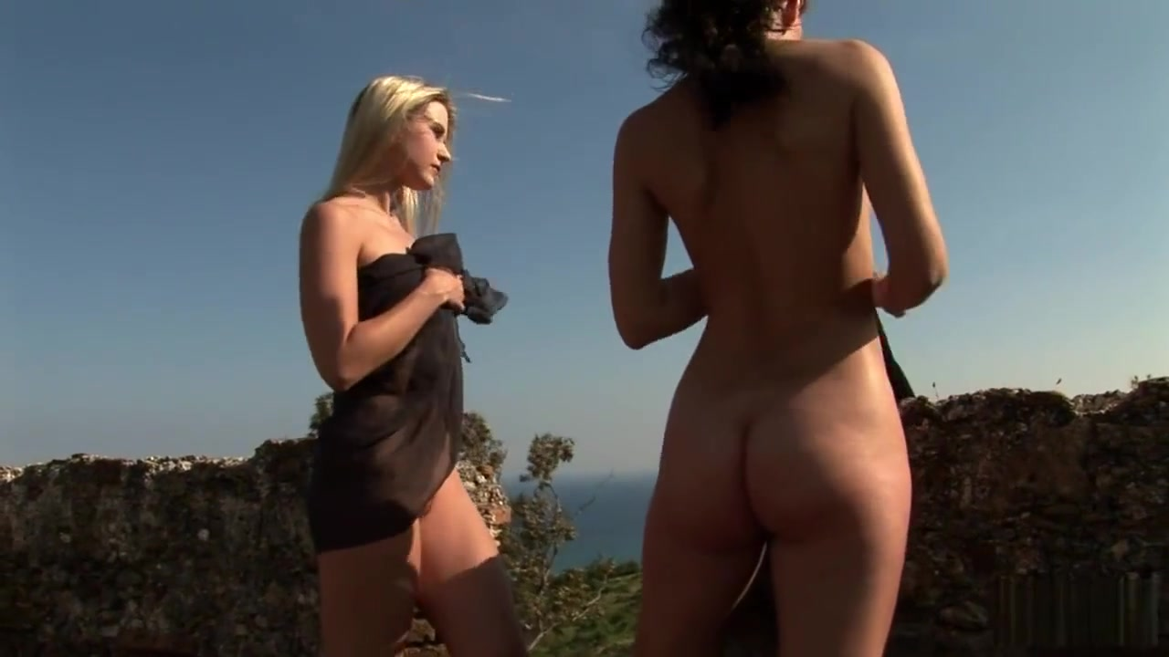 Round ass images Naked FuckBook