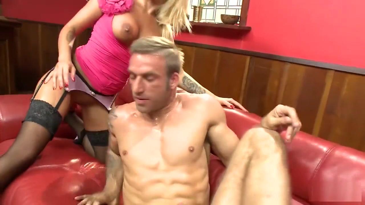 Quality porn Horny cougar kik