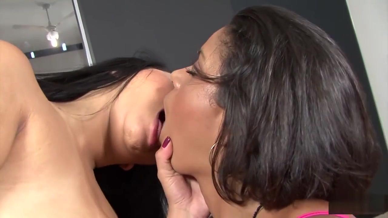 Porn FuckBook Cougar dating sites india