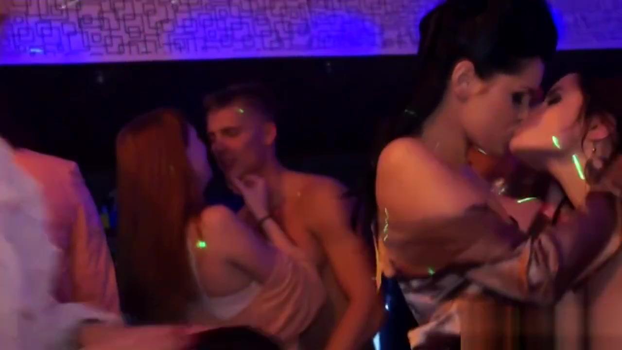 Naked xXx Women giving fellatio