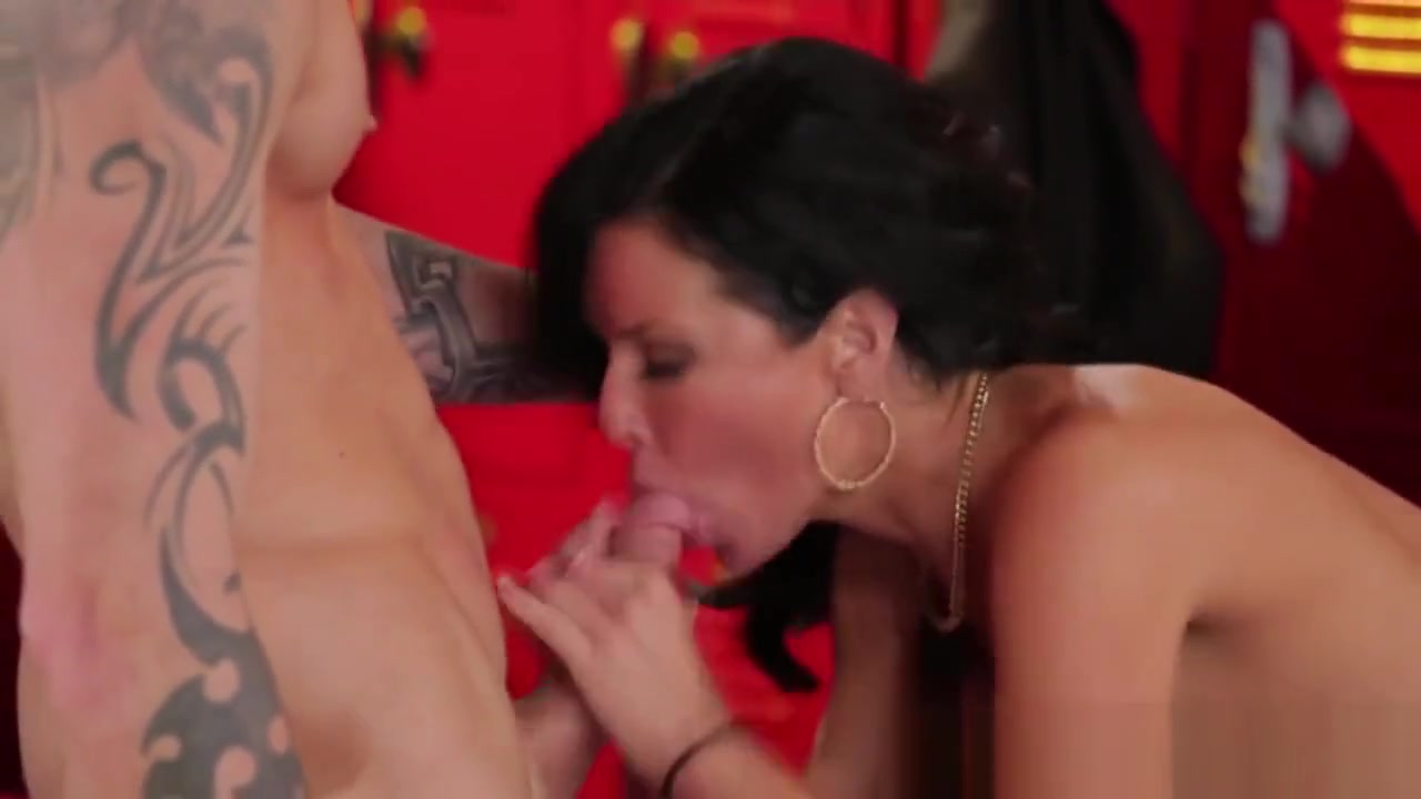 Naked xXx How to give oral for the first time