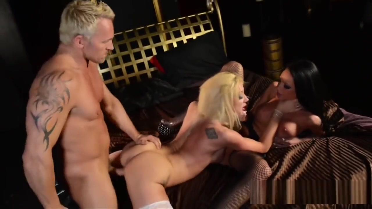 Naked Porn tube Mature three some tubres
