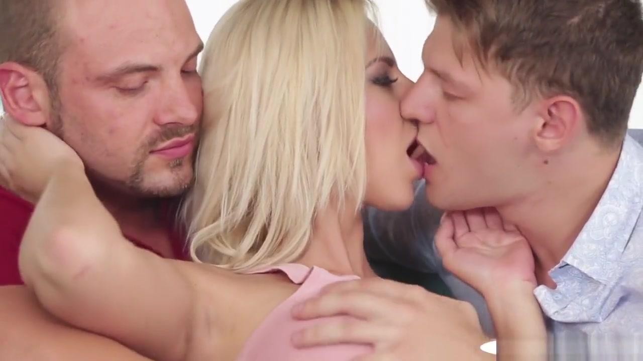 Jenni vartiainen tuomas holopainen dating Sexy por pics