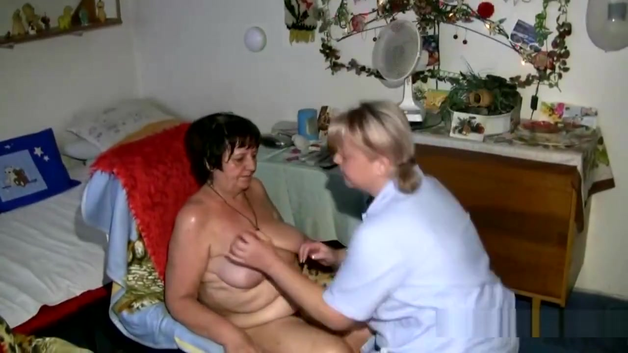 Naked cute chubby girl