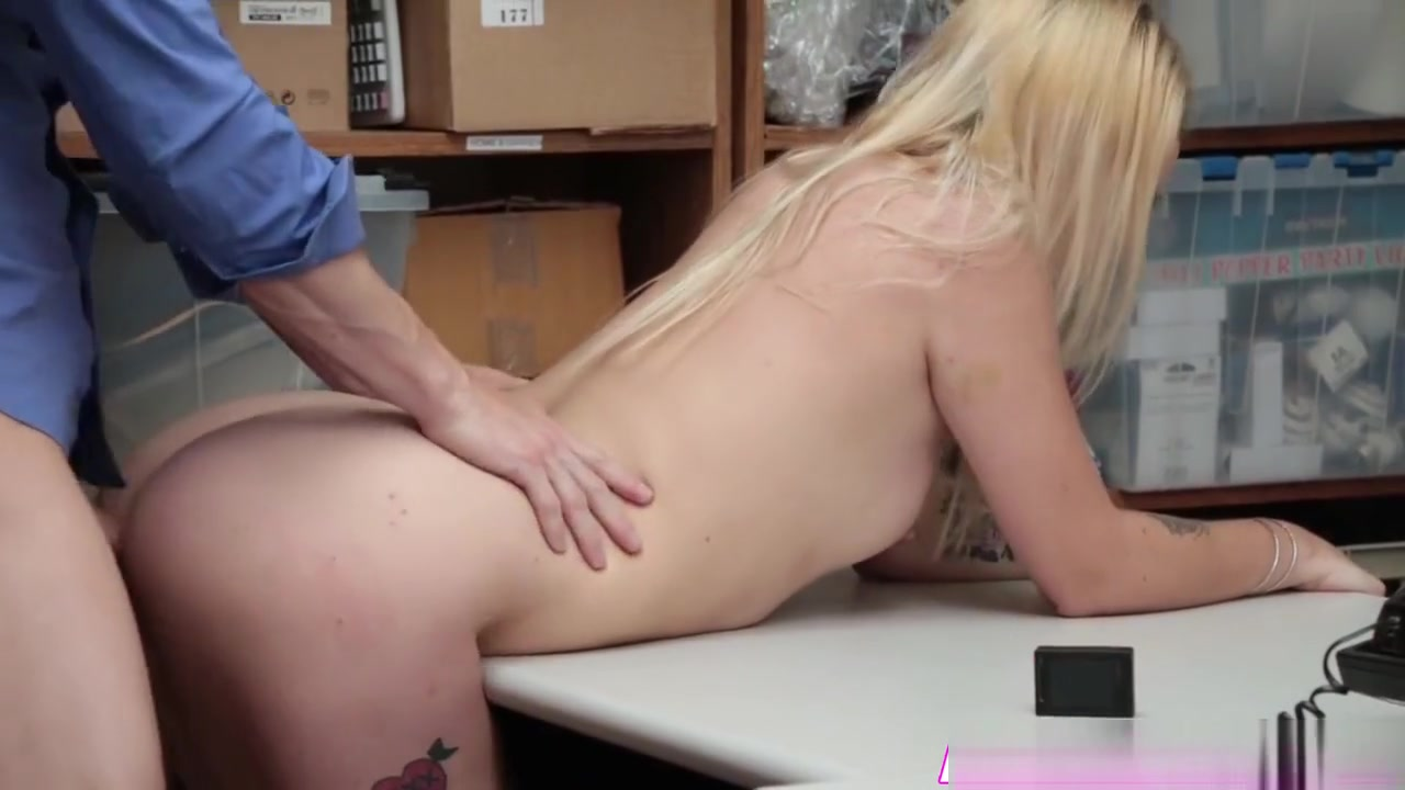 New xXx Video Mature pouty shaved pussies