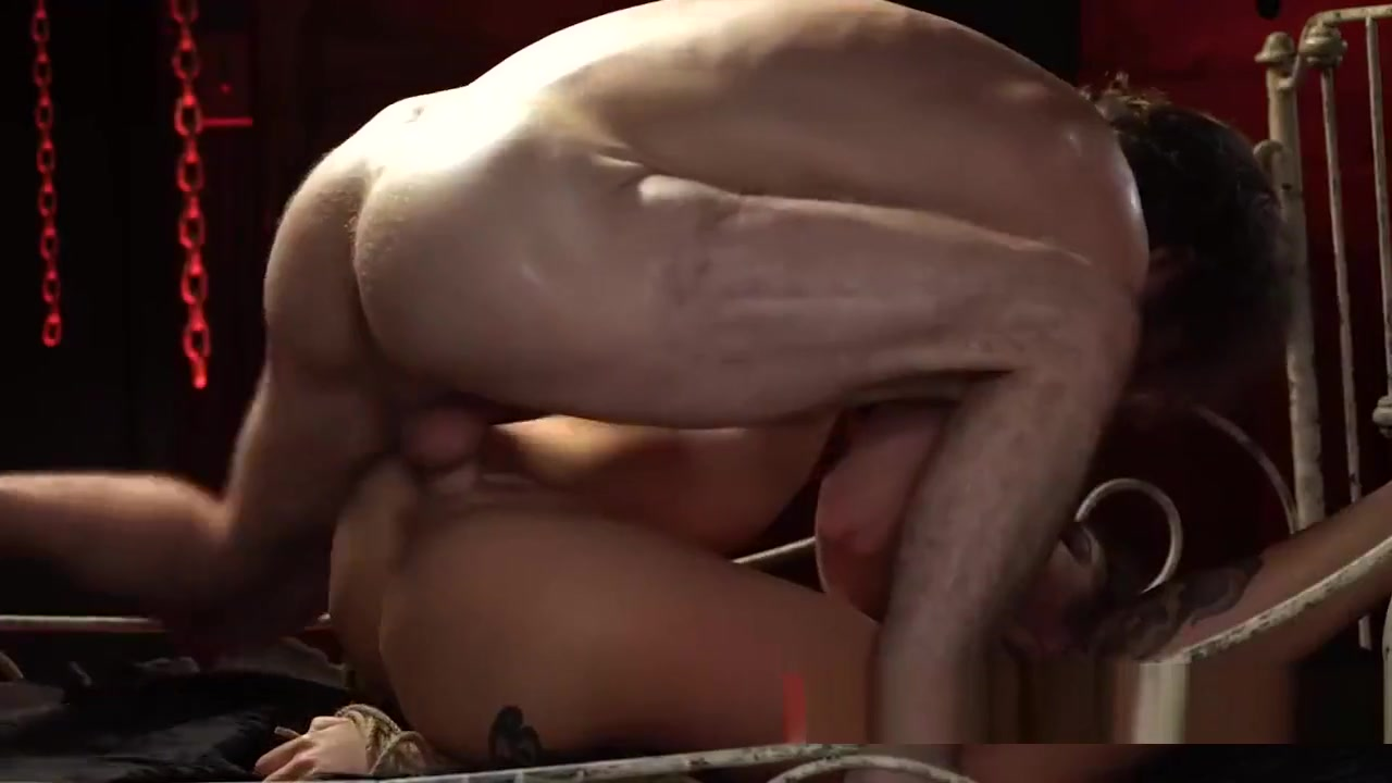 Paulita and jada Nude pics