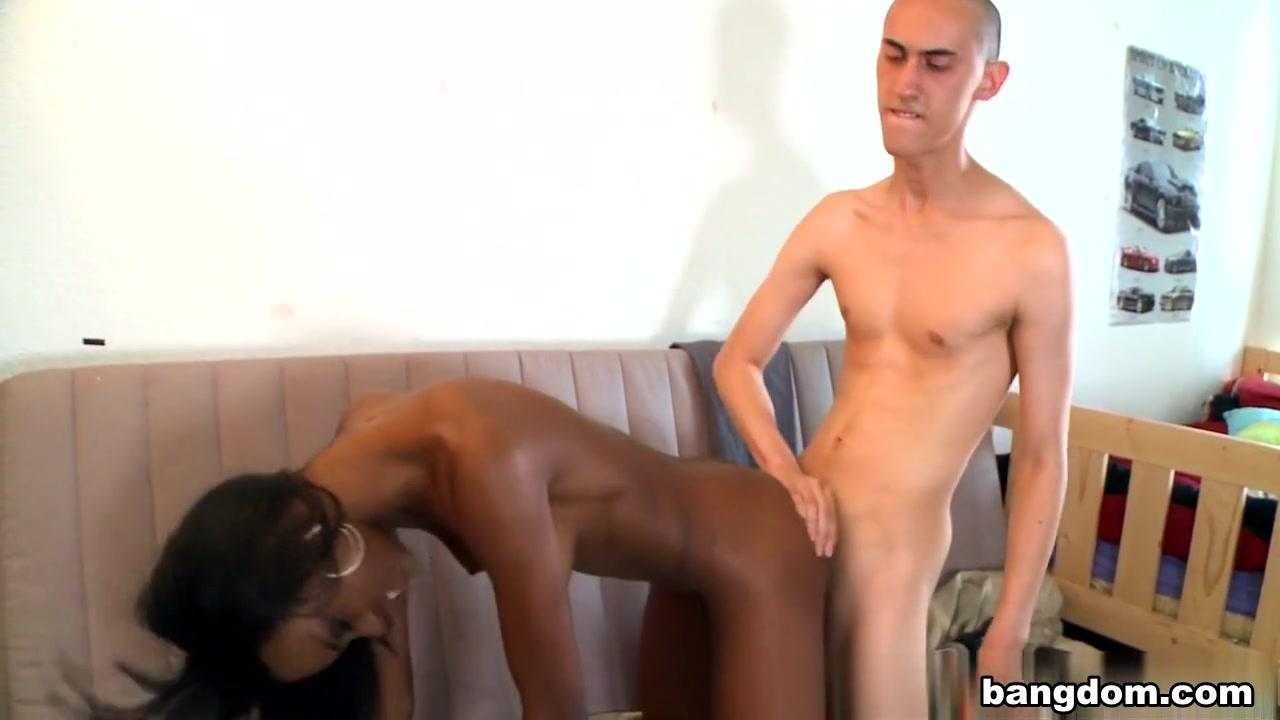 dee dee deluxx porn Pron Videos
