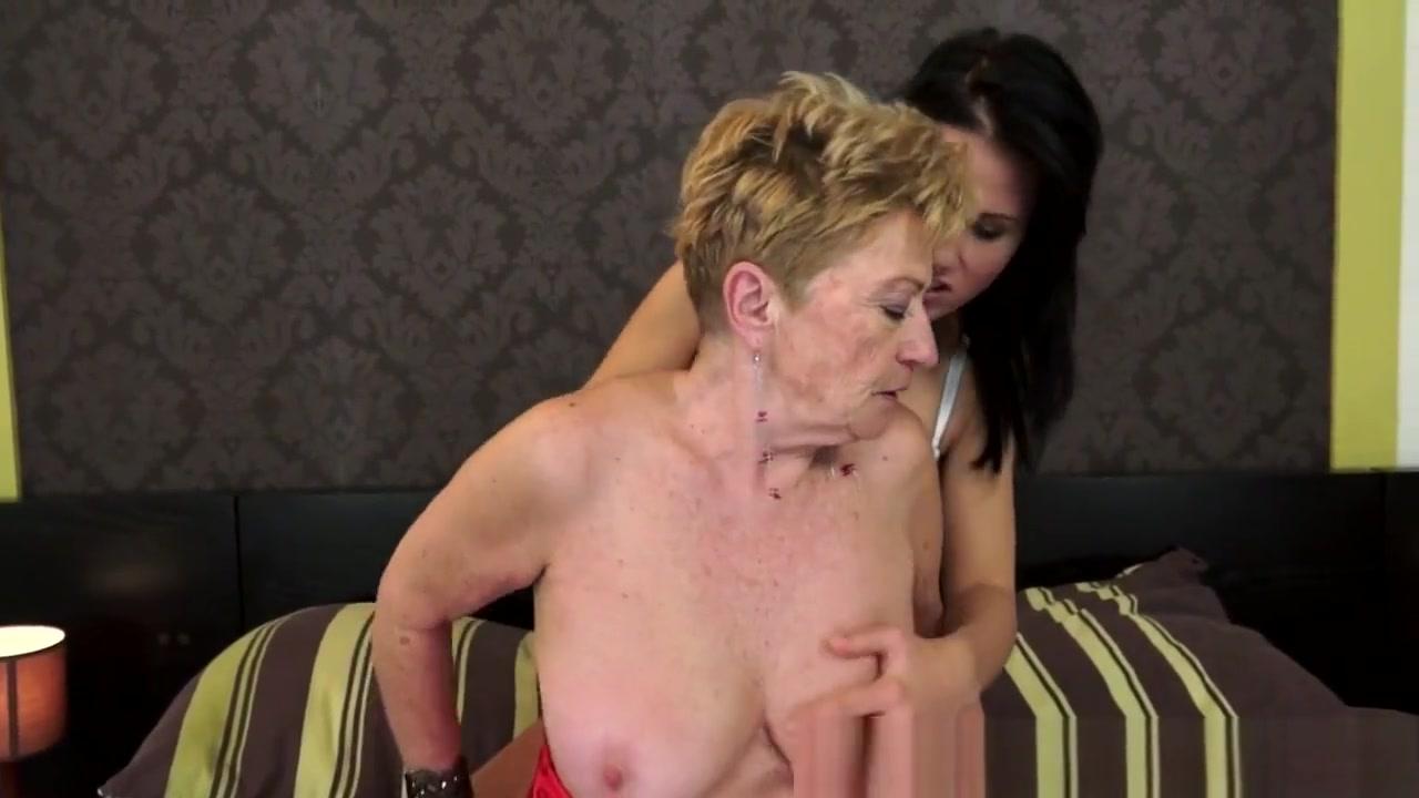 Movil Lesbin sexx masturbatian