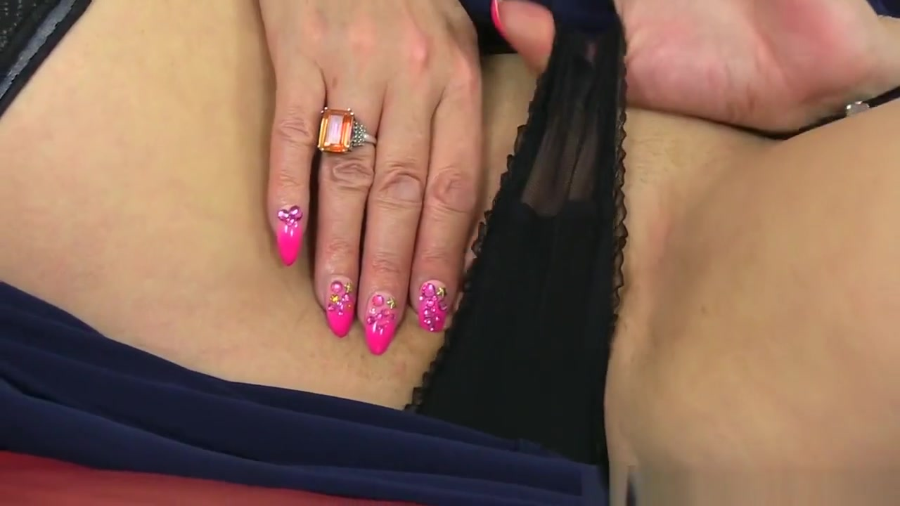 Adult Videos Candy in her both attractive holes