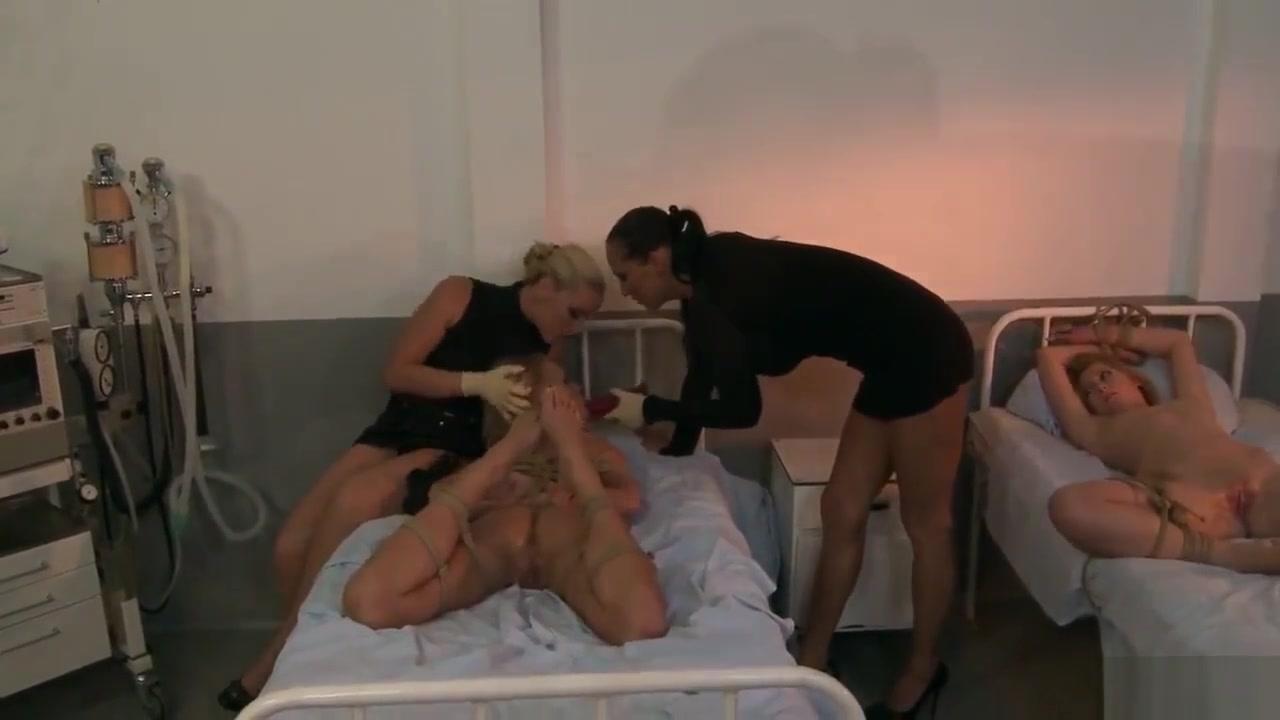 Videod woman online piss