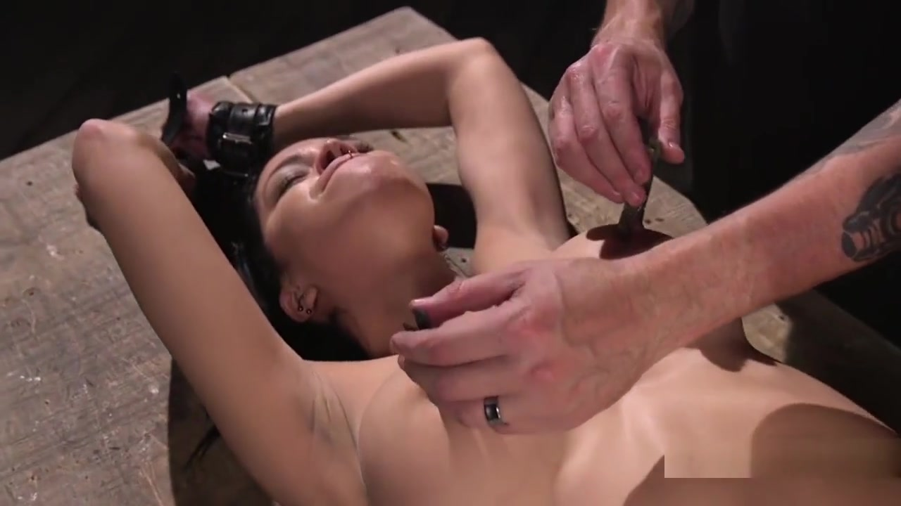 Porn clips Classy mature deepthroating dick before anal
