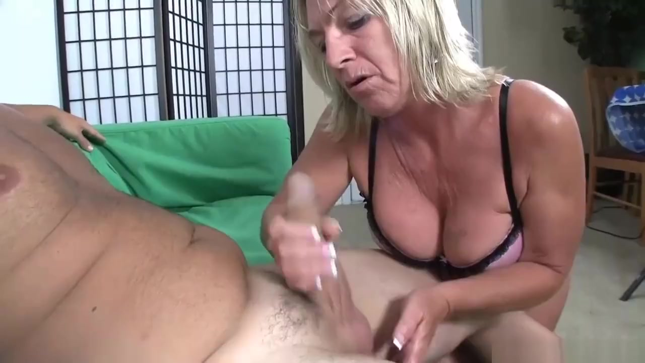 Quality porn Big hairy booty blackest pussy