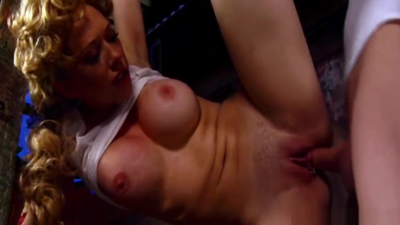Porn clips Short haired blonde pornstar