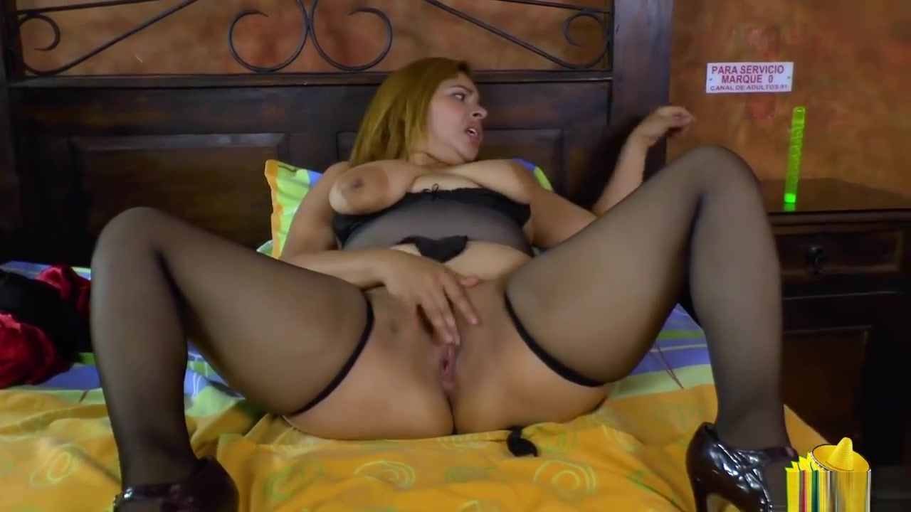 Quality porn Ghetto slut wearing pantyhose