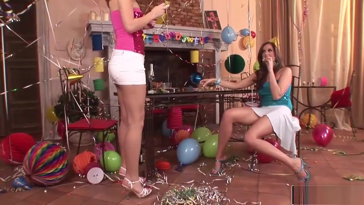 Girls club sexy Indian