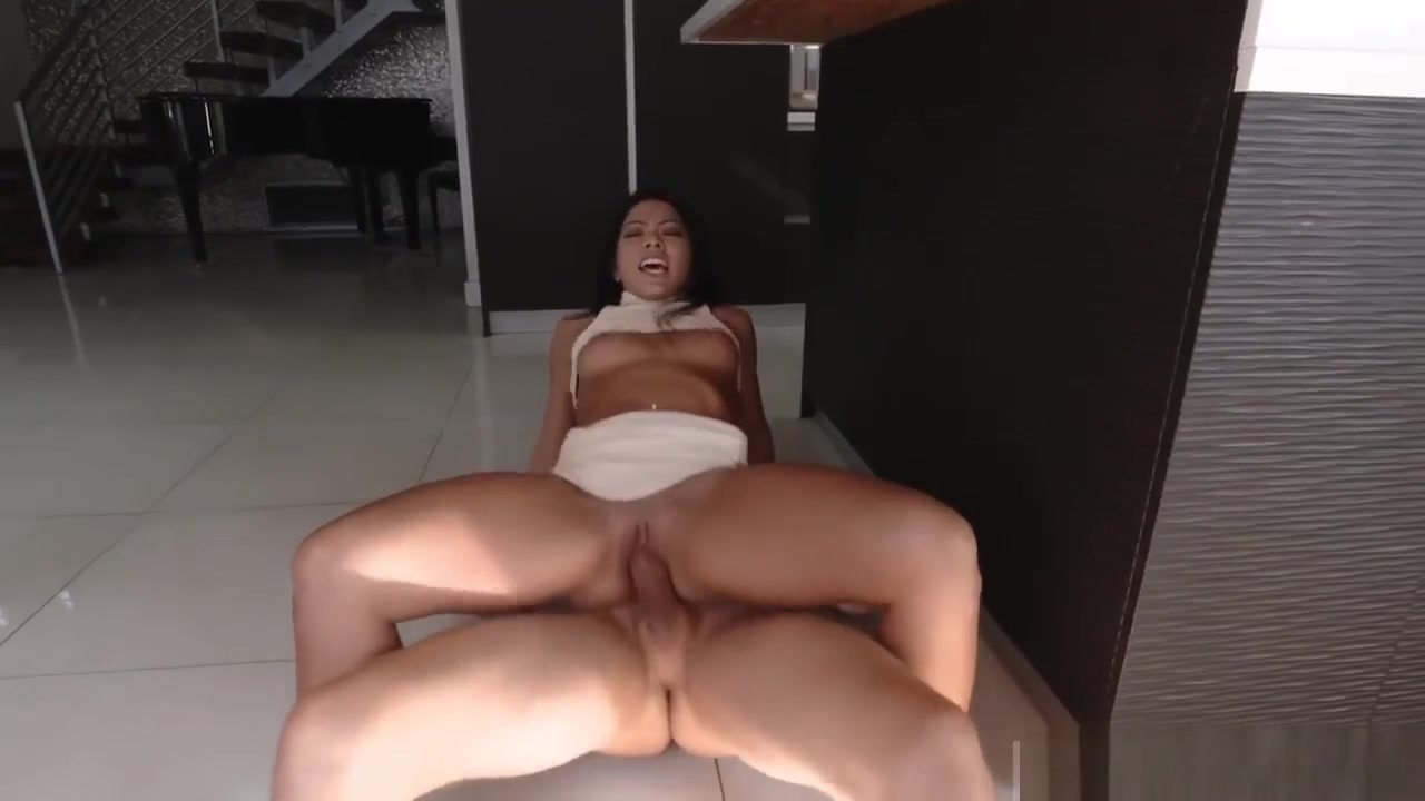 chasing my friend mom porn Nude photos